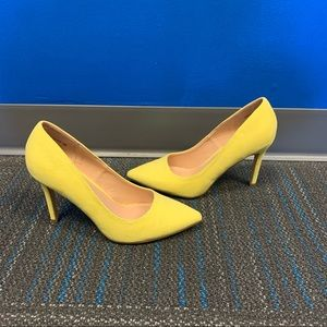 DREAM PAIRS Yellow Suede Pointed Toe Heels Pumps